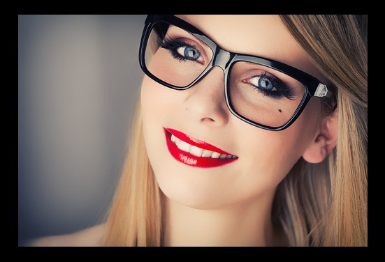 maquillage mariage avec lunettes