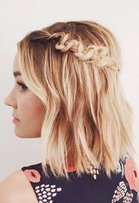 coiffure mariage sur carre plongeant - Maquillage mariage